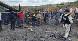 Suman cuatro cuerpos rescatados en la mina