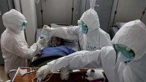 México acumula 241 mil 662 muertes por COVID-19