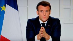 Macron es abofeteado por un hombre durante un viaje oficial
