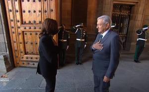 AMLO recibe en Palacio Nacional a Kamala Harris