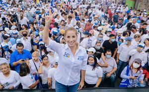 Aventaja Patricia Lobeira, esposa de Yunes, en elección en Veracruz