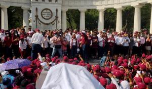 Morena celebra resultados electorales en Hemiciclo a Juárez
