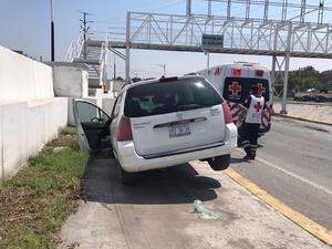 Automovilista casi choca en Monclova