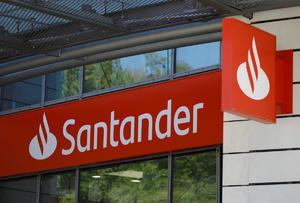 Santander no sale de bolsa mexicana; busca compra total de acciones