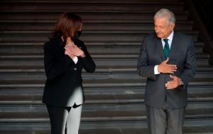 AMLO: 'Me camuqué' y le dije 'Presidente' a Kamala Harris