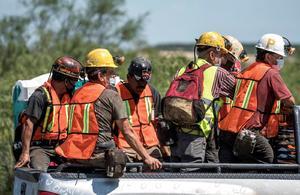 Rescatan cuerpo de sexto minero en Múzquiz; falta uno