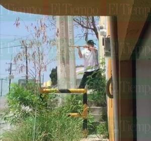 Viola orden de restricción y lo encarcelan en Monclova