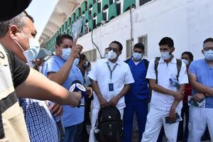 Es un 'infierno' la clínica 7 del IMSS, realizan manifestación