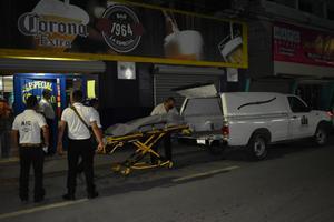 Muerte lo sorprende en baño de cantina de Monclova