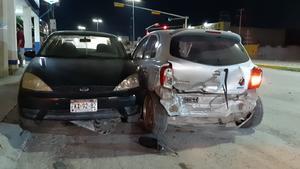 Fuerte accidente sobre el San José en Monclova