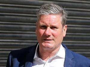 El líder laborista pide a Johnson que cuantifique muertes por la reapertura