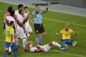 Perú le envía carta a Conmebol por 'maltrato inaceptable' del árbitro chileno