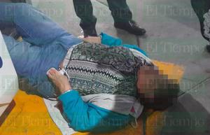 Baja del autobús y se lesiona en Monclova