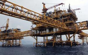 Petróleo mexicano baja a 68.13 dólares; su menor precio en 3 semanas