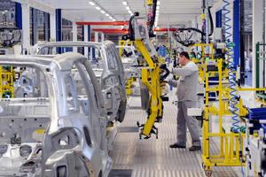 Desabasto de chips afecta el repunte en las ventas de la industria automotriz