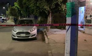 Víctima desarma y mata a su asaltante; evita robo de su auto
