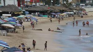 Reducirán aforos en restaurantes y transporte por COVD-19 en Ahome, Culiacán y Mazatlán
