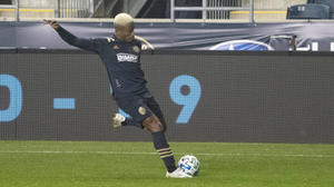 El brasileño Sergio Santos marca el gol que rescata un punto para el Union