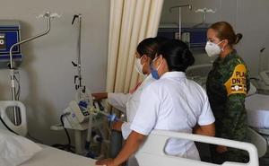 Suspenden hasta 'nuevo aviso' recontratación de personal médico