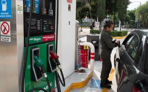 Hacienda eleva estímulos a gasolinas en México hasta en 26%