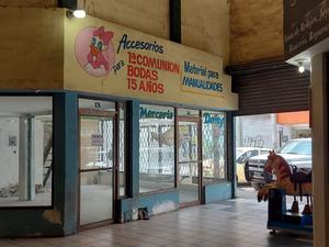 60 establecimientos de Monclova han cerrado sus puertas por ventas bajas