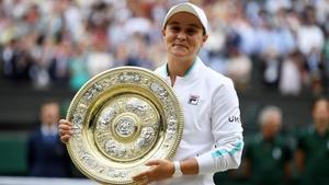 Ashleigh Barty la reina de Wimbledon