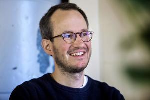 El finlandés Kuosmanen encandila a Cannes con una sencilla y mágica película