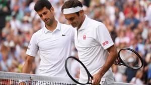 Djokovic gana en su Wimbledon e iguala el trono de Federer y Nadal