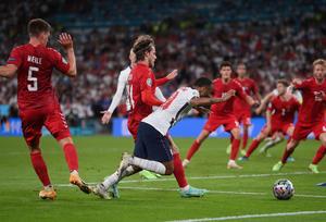 Roy Keane ataca a Sterling y Grealish por no lanzar penaltis