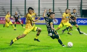 El Deportivo Táchira y el Caracas siguen al frente del fútbol venezolano