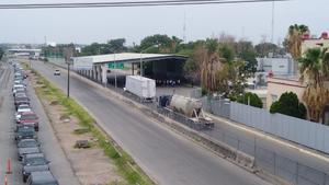 El plan piloto de cruce de camiones se reanuda en la frontera de Piedras Negras