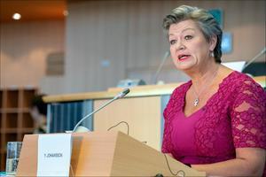 Bruselas amenaza con suspender visados a Bielorrusia por crisis con Lituania