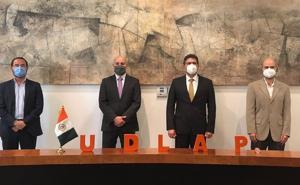 Armando Ríos Piter es designado como nuevo rector de la UDLAP