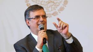 Canciller mexicano confirma su intención de lanzarse a la presidencia en 2024