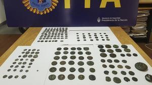 Museo de Argentina recupera monedas grecorromanas que habían sido robadas