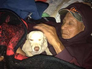 Abuelos viven en el abandono en Monclova