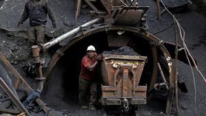 Un trabajador sufre accidente en la mina Santa Bárbara de Progreso