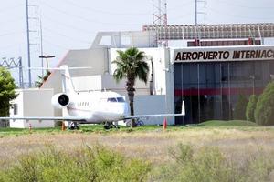 Comprobante de vacunación antiCOVID-19 será obligatorio en el aeropuerto de Frontera