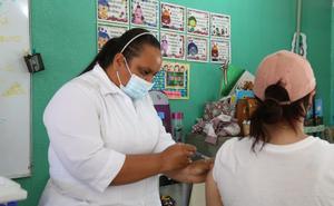 Inicia vacunación de personas mayores de 18 años en Los Cabos, BCS