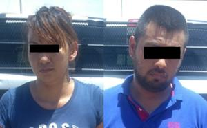 Pagan por billetes falsos, pareja es detenida