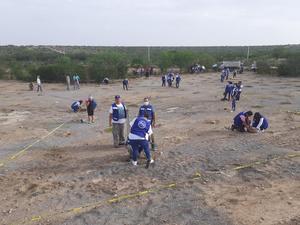 Trabajadores municipales se suman a la siembra de árboles