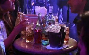 Los jóvenes en Monclova prefieren los restaurant-bar