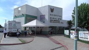 Los empleados de las clínicas 10 y 51 del IMSS demandan suspensión de eventos masivos