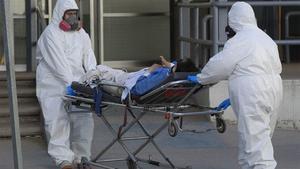 COVID-19: 236 mil 240 las defunciones por coronavirus en México