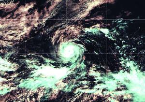El Huracán Felicia se mantiene en categoría 4 y sigue lejos de costas mexicanas