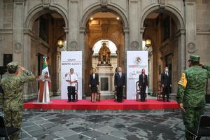 AMLO encabeza ceremonia por aniversario luctuoso de Benito Juárez