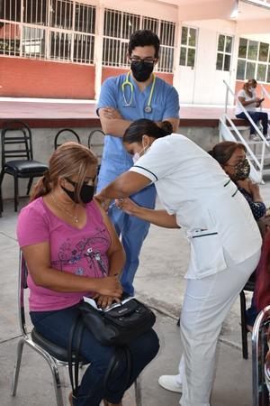 Priorizan vacunas antiCOVID-19 en la frontera de Coahuila con el sur de Texas