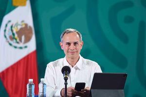 López-Gatell: 'En tercera ola, menores de 52 años y la mayoría no fueron vacunados'