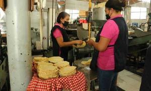 13.5 % aumenta la tortilla, precio récord en 9 años