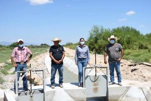 Autoridades de Escobedo entregan canal de riego de 4.5 millones de pesos